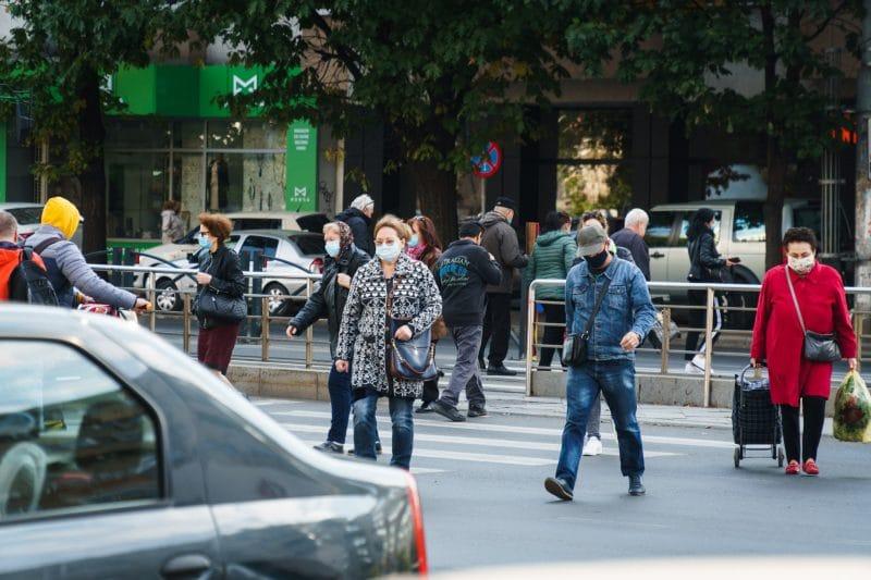 Curtea de Apel București a decis că masca nu poate fi obligatorie