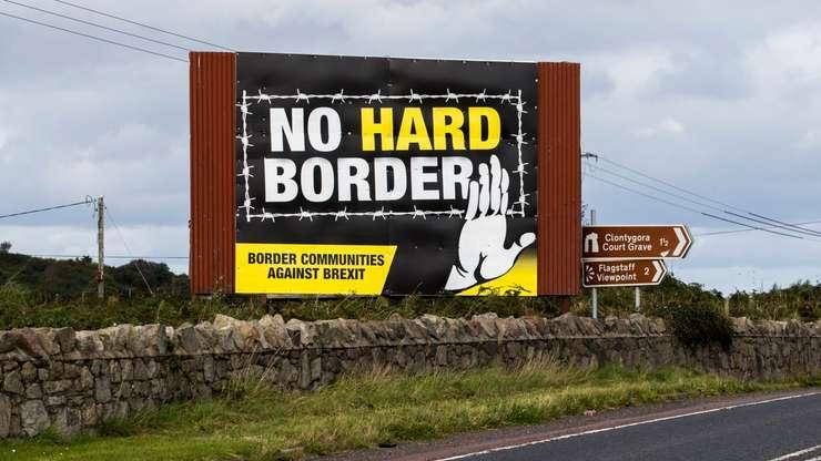 """UK între """"preluarea controlului"""" și exacerbarea separatismului. Marea Britanie începe o nouă eră în 2021 după ieșirea din Uniunea Europeană"""